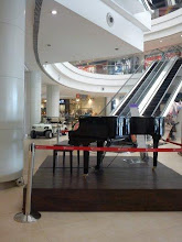 Photo: Grand piano at Phoenix Market City, Pune 27th February updated http://jp.asksiddhi.in/daily_detail.php?id=223