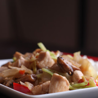 Simple Chicken Stir Fry with Vegetables