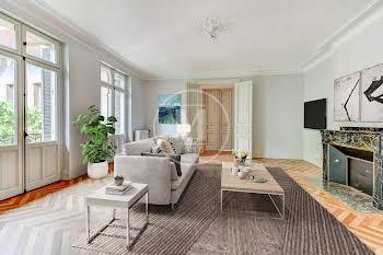 Appartement 5 pièces 193,49 m2
