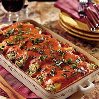 Chicken Cannelloni with Roasted Red Bell Pepper Sauce.