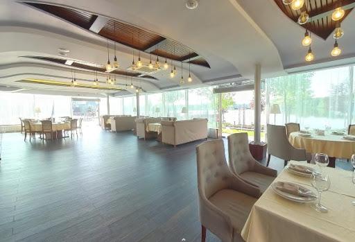 Банкетный зал «Зал «Панорамный»» для свадьбы на природе