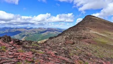 Photo: Approaching Red Mountain