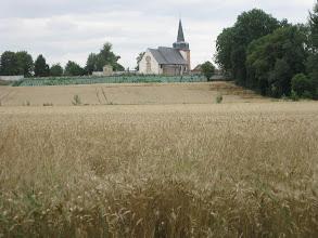 Photo: Fonsomme : L'église du village.