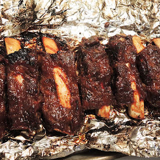 Dry Rubbed Fall-Off-The-Bone Beef Ribs in the Oven.