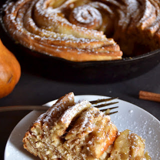 Skillet Cinnamon Roll with Caramelized Pears