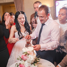 Wedding photographer Valeriy Momot (momotv). Photo of 20.02.2017