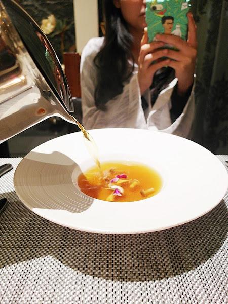 徐會所|THE HSU 台中南屯 中法料理招待所 堅持食材的品質 營造讓人在家享用法式餐點的環境與感受~