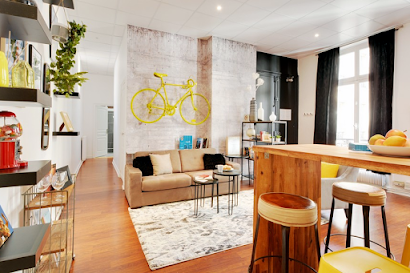 Ponthieu V Serviced Apartment, Champs Elysees