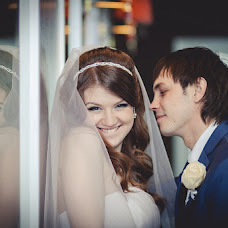 Wedding photographer Mikhail Ageev (EmotionStudio). Photo of 17.05.2013