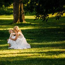 Wedding photographer Ciprian Dumitrescu (cipriandumitres). Photo of 14.12.2016