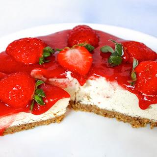 Strawberry Cheesecake [Vegan, Raw, Gluten-Free]
