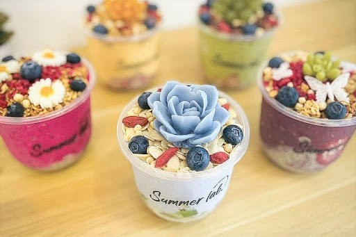 Summer Lab – Instagrammable Acai & Smoothie Bowls Like Pretty Flower Pots Found Near Maxwell