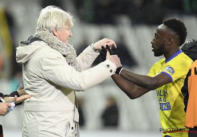 """STVV haalt opgelucht adem na statement van absolute sterkhouder: """"Ik blijf"""" en meer nog - """"Naar Europa met de club van mijn hart"""""""