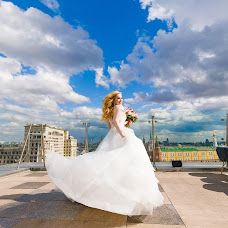 Wedding photographer Darya Luneva (photodl). Photo of 13.05.2018