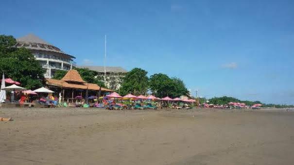 Double-Six-Beach