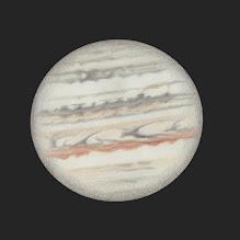 Photo: Jupiter, 30 juillet 2019 à 20h10 TU (moitié du haut) et 20h40 (le bas). 470X en bino et ADC. Le seeing était bon pour la partie haute du dessin, par contre il s'est bien dégradé pour la moitié basse. Restefond 2019.