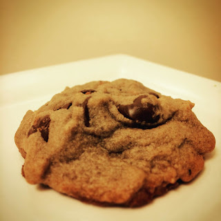Peanut Butter Chocolate Chip Cookies with Cricket Flours