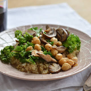 Bulgur Bowl with Kale, Mushrooms and Chickpeas (vegan) – Adapted from The Portlandia Cookbook (Clarkson Potter, 2014).