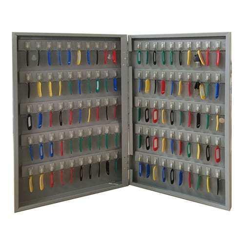 Tủ Hòa Phát tphcm treo chìa khóa có cần thiết không?