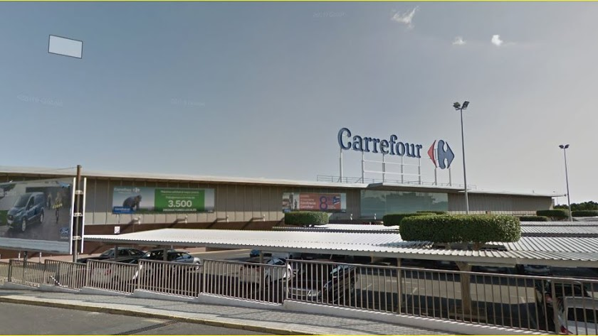 Instalaciones de Carrefour en Almería.