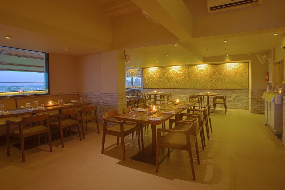 best-buffet-restaurants-in-bangalore-Ebony_-_MG_Road