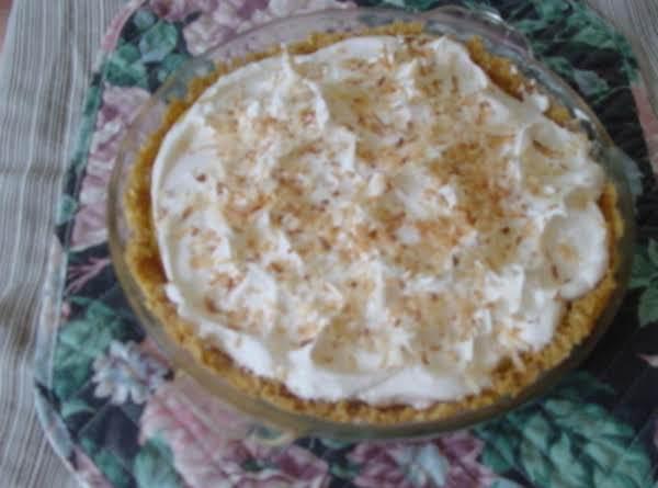 Dreamy Creamy Coconut Pie