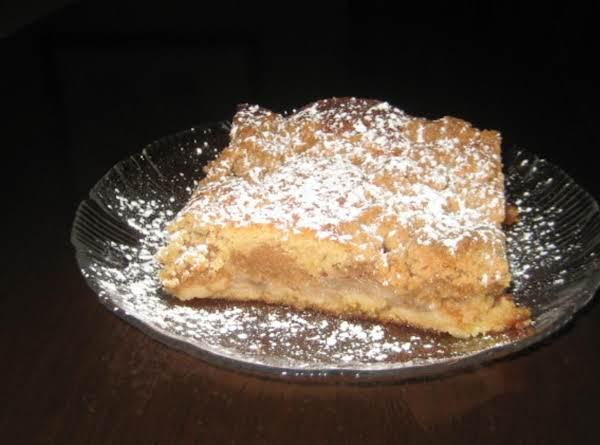 Mom's Apple Crumb Cake Recipe