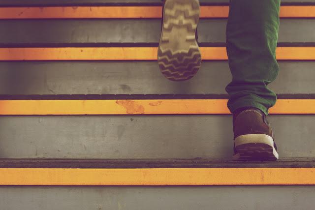 Là một người nam tin kính Chúa, bạn cần phát huy bản lĩnh can đảm mà Chúa đã tạo dựng trong con người bạn. Hãy luôn ở trong tư thế chủ động và sẵn sàng, luôn là người tiên phong và dẫn đầu trong công việc.