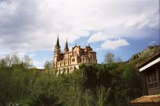 Photo: Wallfahrtsort Covadonga