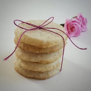 Simple Shortbread Cookies