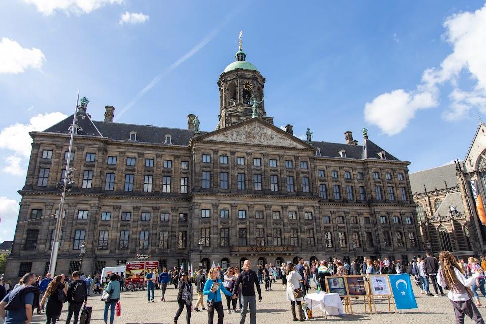 Amsterdam, Plac Dam, Pałac Królewski