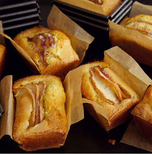 Peach, Vanilla And Fennel Seed Mini Loaves