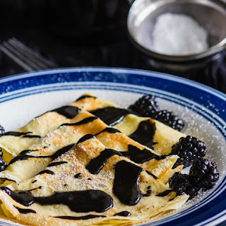 Crepe with Chocolate Sauce Recipe