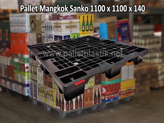 Pallet Plastik untuk Pengiriman Makanan Kaleng dan Kue Kering