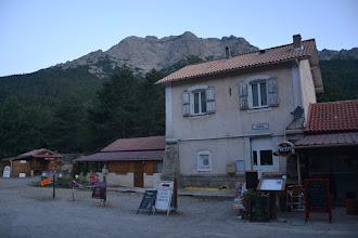 Photo: cca 6 hod. ráno nástup na turistiku v dedinke Vizzavona