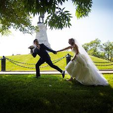 Wedding photographer Vika Tolmacheva (Viko). Photo of 22.09.2014