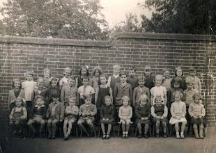 Photo: Wateringbury C of E School Photo 1948
