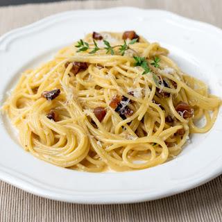 Thyme Spaghetti Carbonara