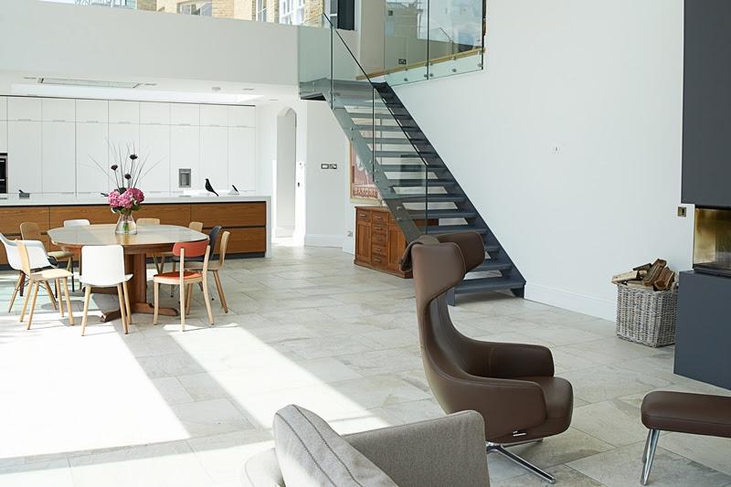 Reforma de antigua vivienda en una moderna del siglo XXI