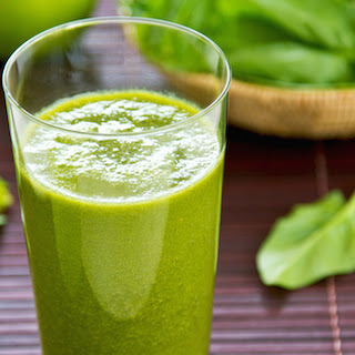 Spinach and Apple Smoothie.