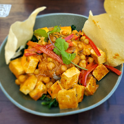 *NEW* Red Curry Tofu Bowl