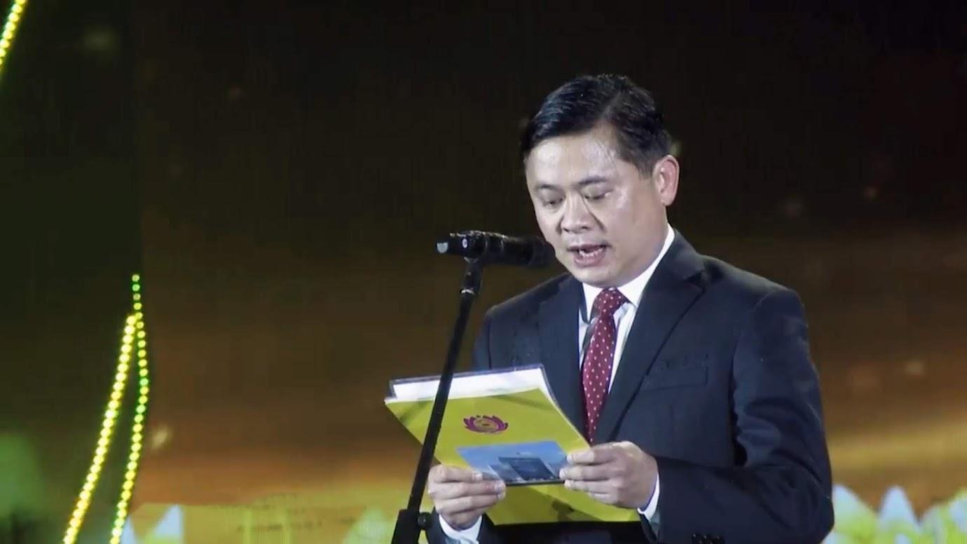 Chủ tịch UBND tỉnh Nghệ An - ông Thái Thanh Quý - phát biểu tại buổi lễ