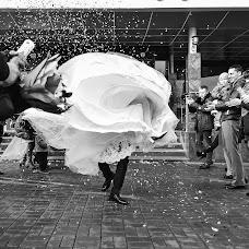 Wedding photographer Sasha Siyan (RedPion). Photo of 19.01.2018