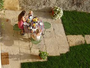 Photo: Petit déjeuner au soleil