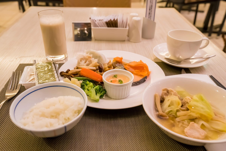 ANA Crowne Plaza Fukuoka breakfast