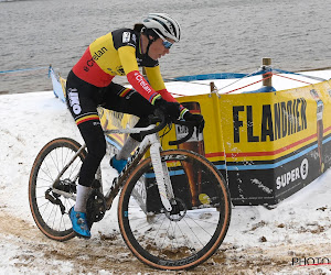 Sanne Cant valt na een sterke cross in de sneeuw alsnog naast podium, Alvarado klopt Brand in de sprint in Lille