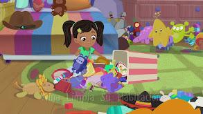Nina limpia su habitación thumbnail