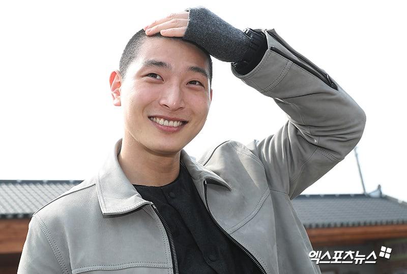 2AM-Jeong-Jinwoon-08-XPN