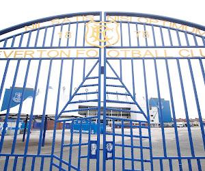 La police anglaise ouvre une enquête après un incident survenu devant le stade d'Everton