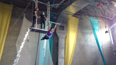 Photo: We learned how to do the flying trapeze!